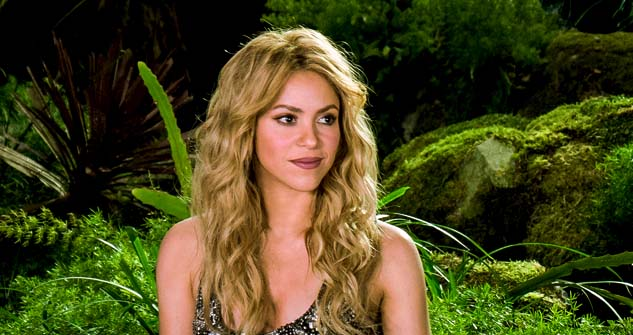 Shakira Aquarius woman